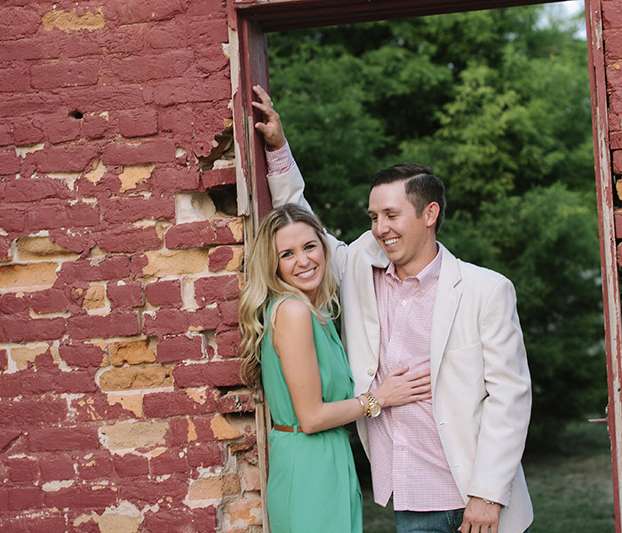 Connie & Suggie: Bastrop Engagement Shoot